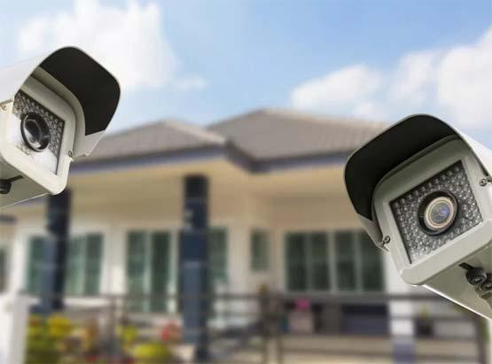 Камеры видеонаблюдения на улице