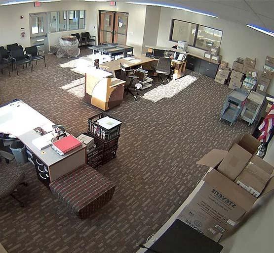 установка камер в офисном помещении